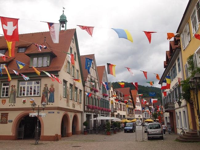南西ドイツ旅行(4)黒い森ハスラッハの民族衣装博物館と旧市街