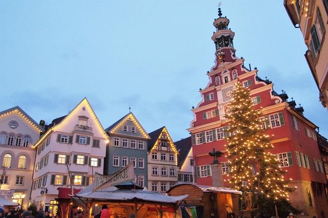 木組みの街並みが美しいエスリンゲンでは中世のクリスマスマーケットが楽しめる!