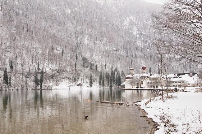 ヒトラーの保養地ベルヒテスガーデンから神秘的なケーニヒス湖へ