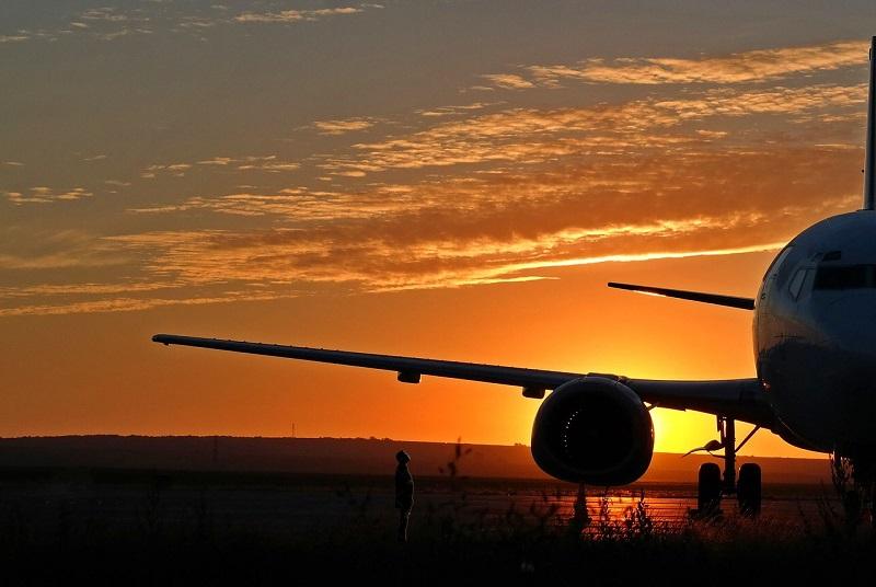 オーバーブッキング体験談 飛行機に乗れなかったらどうなる?航空会社からの補償は?