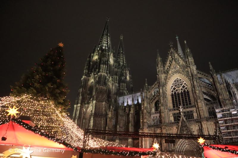 アーヘンやケルンなど、ドイツ西部で始まったクリスマスマーケットのハイライト