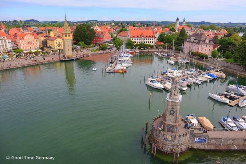 その姿はドイツのヴェニス 島の上に美しい旧市街があるリンダウ