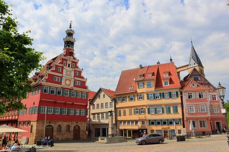 美しい木組みの家がならぶ中世の城塞都市エスリンゲン