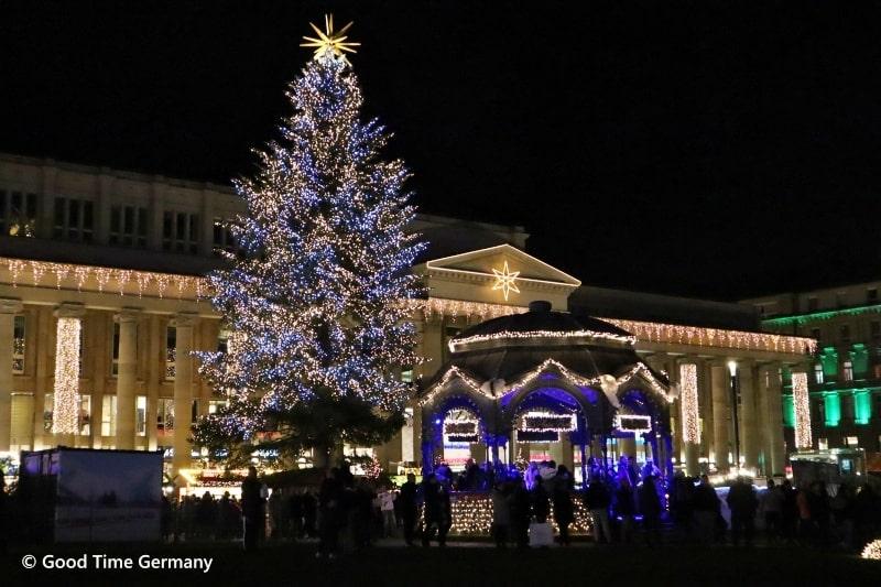 イルミネーションが豪華なシュトゥットガルトのクリスマスマーケット