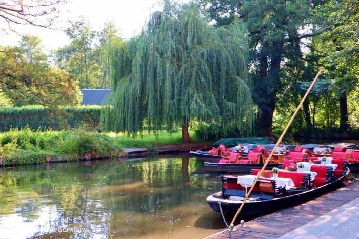 【シュプレーヴァルト観光】小舟「カーン」に乗って自然豊かな水路を巡る