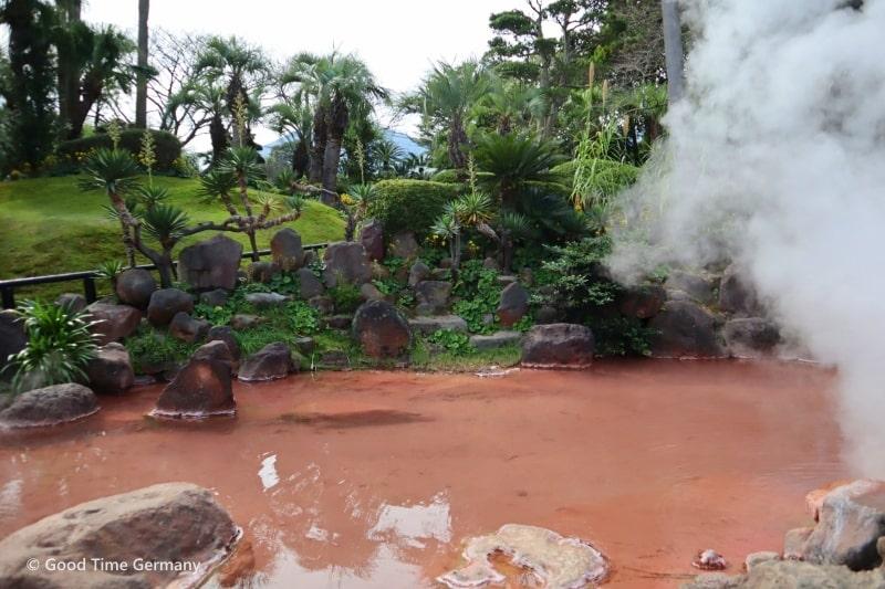 地獄温泉 海地獄の庭園内
