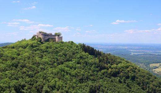 南ドイツ最大の廃墟 山の上にあるホーエンノイフェン城とその絶景