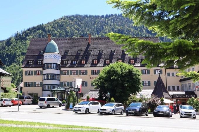 エッタール修道院 ホテル