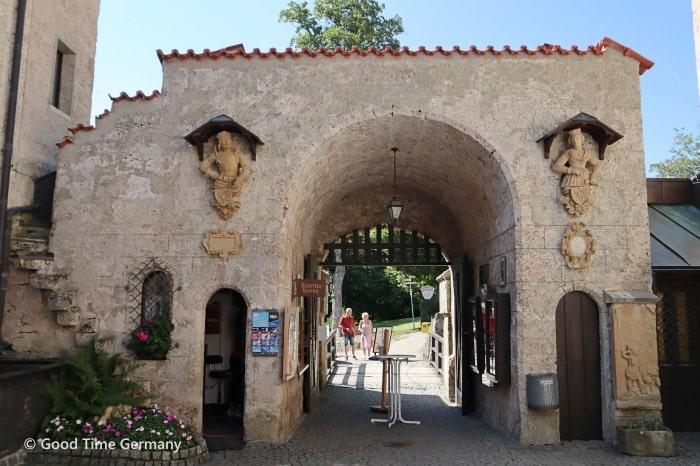 リヒテンシュタイン城 入口